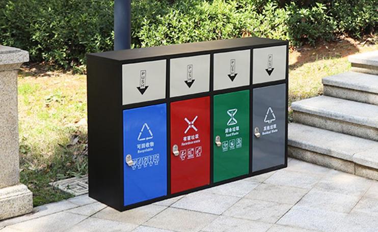 车站分类垃圾桶