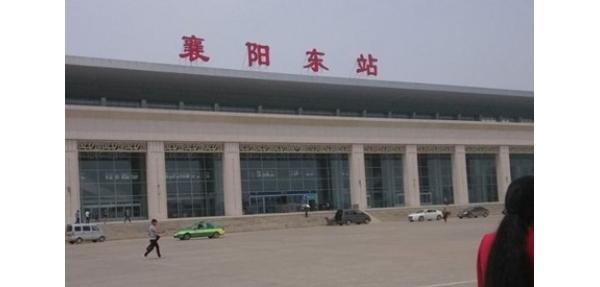 美天分类垃圾桶入驻湖北襄阳高铁站